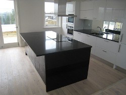 Quartz Kitchens Worktops London Hammersmith with Glass Mirror Splashback