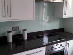 Granite Worktops Lewisham / Glass splashnbacks Lewisham