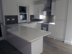Pure White [CAESARSTONE] quartz kitchen Chiswick